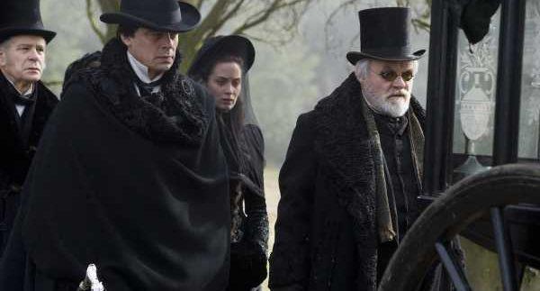 The Wolfman: Benicio Del Toro Shows His Fangs