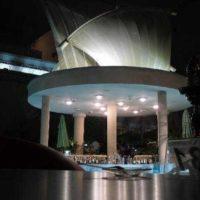 Pool Bar: Waterfront Lounging