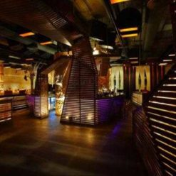 Tamarai Restaurant & Lounge: A Splash of City Elegance