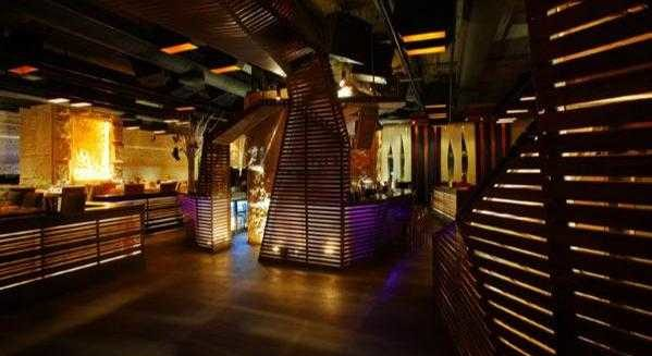 Tamarai Restaurant & Lounge: A Splash of City Elegance