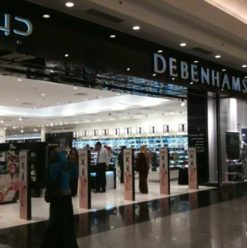 Debenhams Brings Cairene Shoppers to Alexandria