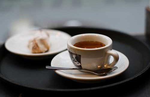 Einstein Kaffee: Modern, Clean German Coffee