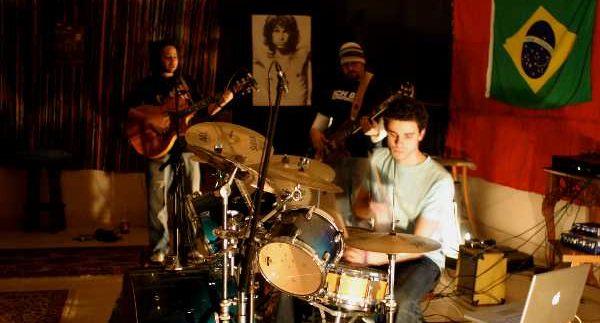 Digla: A Band That Rocks