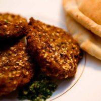 Kazaz: Downtown Cairo's Hub For Cheap Fast Food