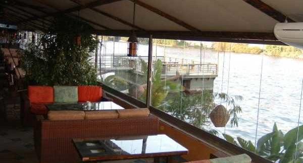 Bon Bini: Beautiful Nile-side Location for the Teeny Boppers