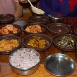 Paxy's Restaurant: Korean House of Mystery