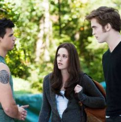 The Twilight Saga's Eclipse: Caught in a Sharp Love Triangle
