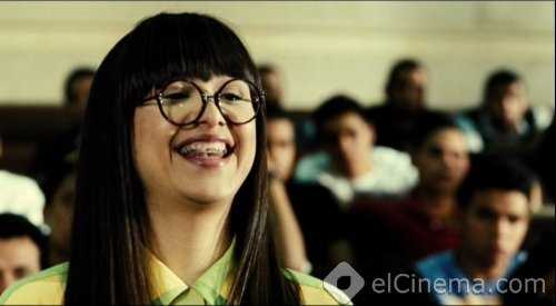 Al Talata Yeshtghalonha: Cheeky Girls Just Want to Have Fun