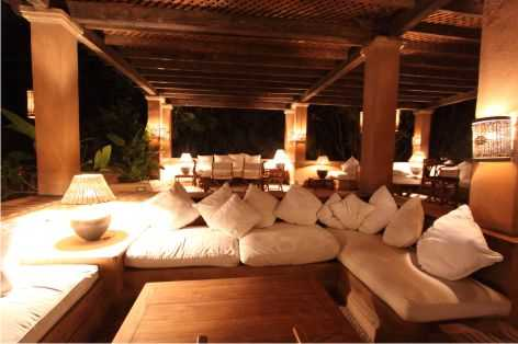Breeze: Poolside Lounge in Katameya