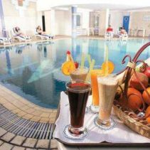 Nabila Hotel Swimming Pool