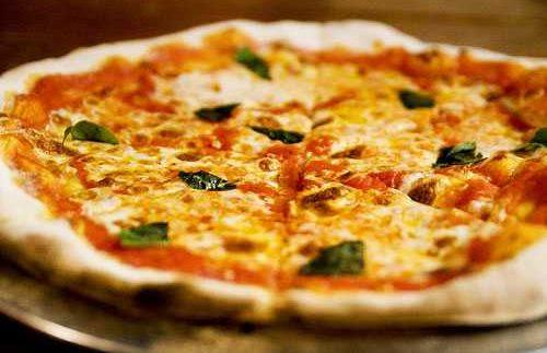 Cucina: Brick Oven Loving