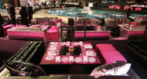 Si Omar: Poolside Sohour With Huge Portions