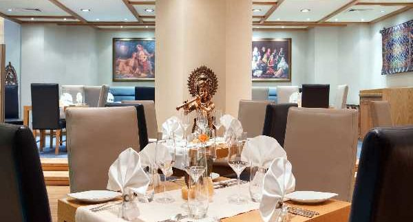 Maharaja: Hilton's Indian Restaurant Hits the Mark