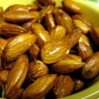 Al Mouwafak: Fresh Nuts with Flair