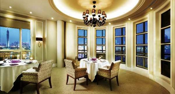 Floor 10: Kempinski Nile Hotel Does It Again