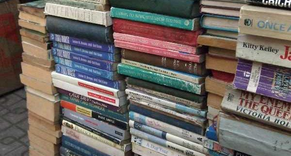 Sour El Azbakia: Hidden Book Market in Cairo