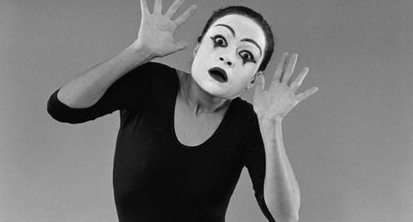 'They Told Me It's Here': Mime Performance at Rawabet Theatre