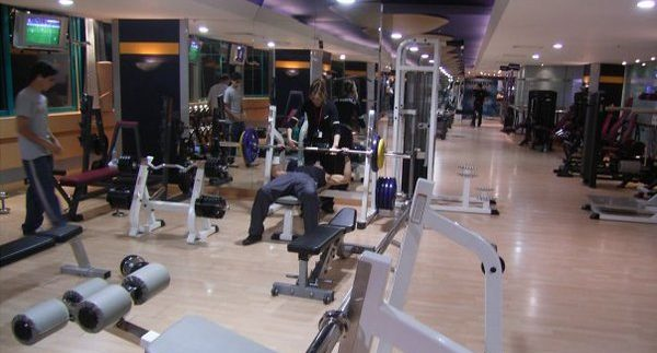 Platinum Gym: 24-Hour Gym in Mohandiseen