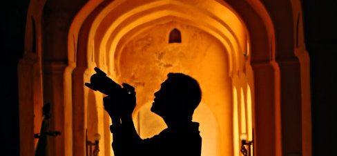لقاء مفتوح مع المصور Manny Librodo في ساقية الصاوي