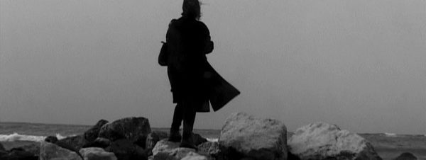 """عرض فيلم """"أنا التي تحمل الزهور إلى قبرها"""" في مُصِرّين"""