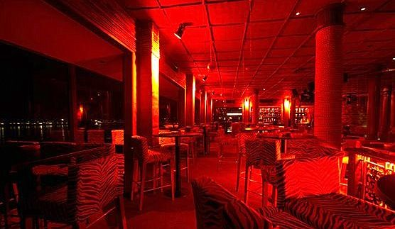 Bamboo: Kitschy After-Hours Club in Giza