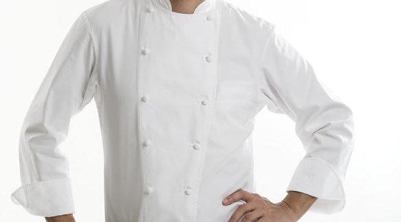 """اكسب حصة طبخ حصرية مع """"بوبي تشين"""" في مطعم ولاونج سايجون"""