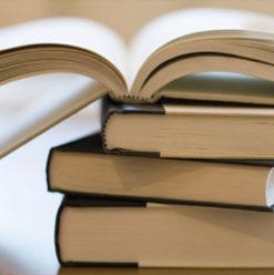 سوق الكتب من أجل قضية في بكيا