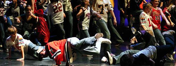 عرض هيب هوب راقص مشترك في ساقية الصاوي