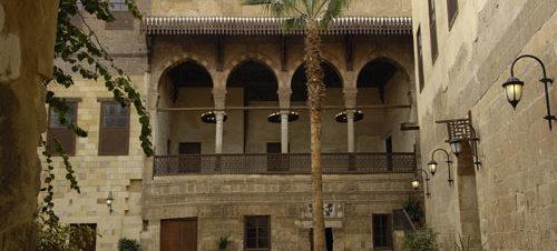 """معرض """"بسمة أمل"""" في قصر الأمير طاز"""