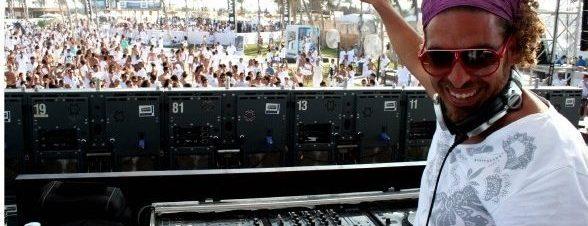 الموسيقى تحبك ايضًا.. مع دي جي سامبا في ياسو
