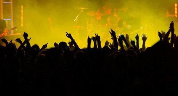 اكسب! تذاكر VIP لحفل MASTERS OF ROCK عند سفح الأهرامات