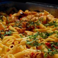 مكرونة رضا: أكلات شعبية سريعة في وسط البلد