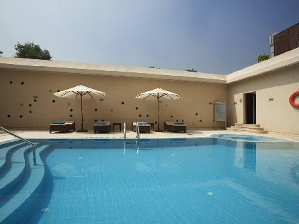 Novotel Cairo El Borg: Basic Day-Use Pool in Zamalek