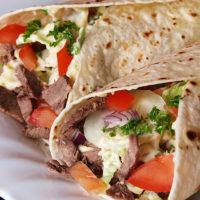 بيروت إكسبريس: شاورما وأكلات لبنانية على طريق السويس في مصر الجديدة