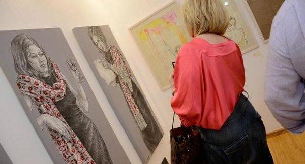 جاليرى كالا للفنون: إعطاء الفرصة لفن الهواة فى القاهرة