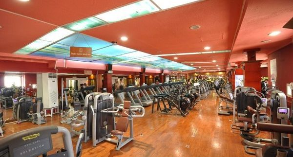 Pro Center: Sleek, Well-Equipped Gym in Nasr City