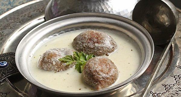 خلخال: مطعم لبناني على النيل في الزمالك