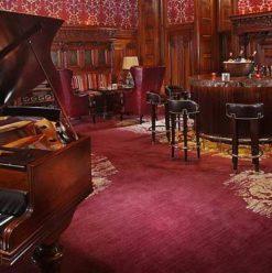 Billiard Bar: Old-Fashioned Bar in Zamalek