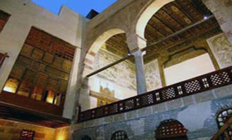 كوكبة من الشعراء في ضيافة بيت الشعر العربي