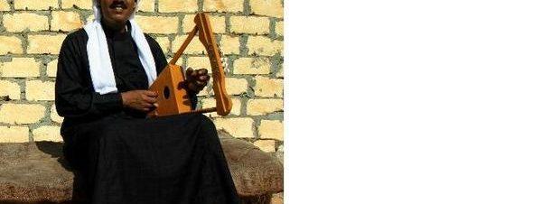 الجركن والفرقة البدوية على مسرح الضمة