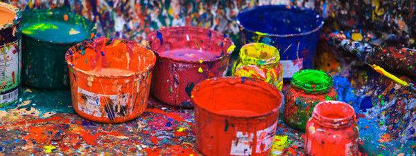 مهرجان ألوان ليدرز في مدرسة ليدرز أمريكان