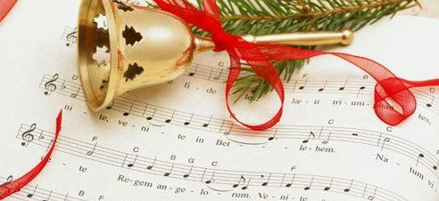 أغاني الكريسماس مع تسابيح في دار أوبرا جامعة مصر