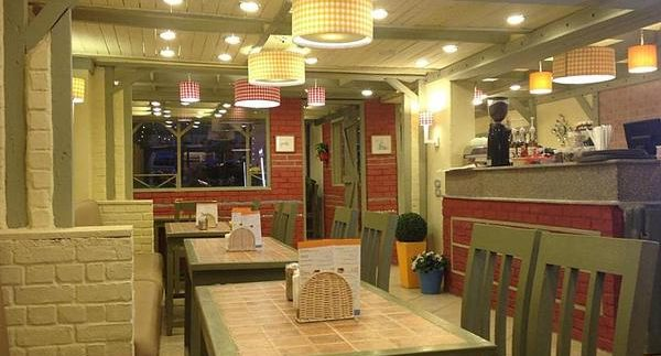 Auntie LouLou: Homely Crepes & Waffles Chain Reaches Zamalek