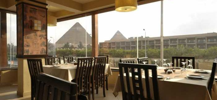 Caviar Seafood Restaurant: Dining Beside the Great Pyramids of Giza