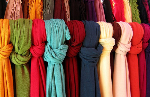 Dubetta: Scarves Galore in Mohandiseen