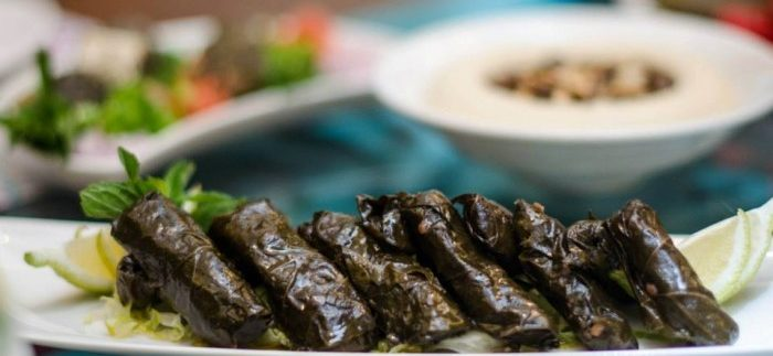 Ayadina: Contemporary Lebanese Restaurant in Heliopolis