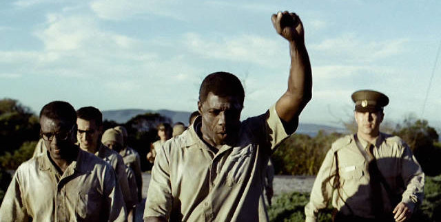 Mandela: Long Walk to Freedom: Ambitious but Crammed Biopic