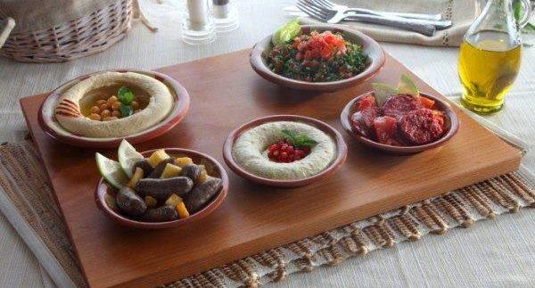 Al Mokhtar: Solid Lebanese Food In Mohandiseen
