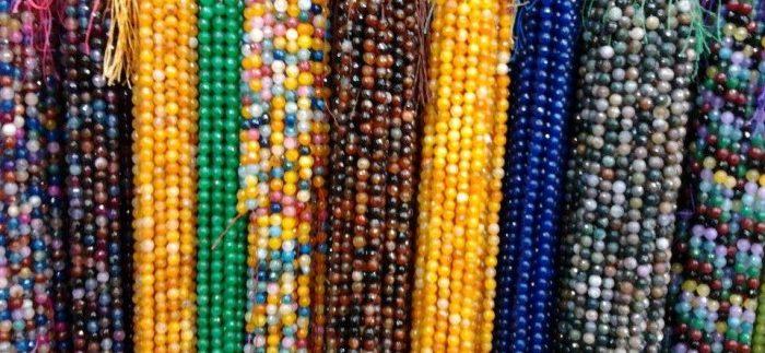 الصالحية: بيع واشتري فى سوق المجوهرات والصاغة في الأزهر بالقاهرة