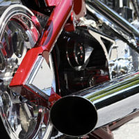 شادي علي: إكسسوارات وقطع غيار دراجات نارية في وسط البلد